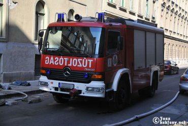 Mercedes Atego 1328 Bronto Saurus